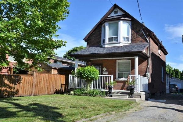 27 York Ave, Toronto