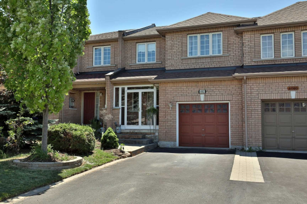 6082 Rowers Cres, Mississauga