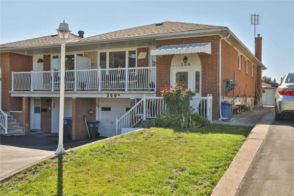 366 Thrace Ave, Mississauga