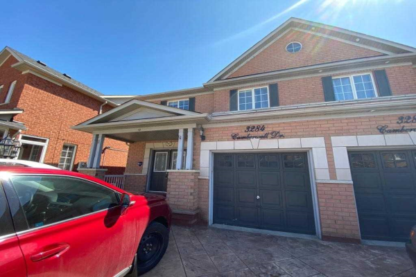 3284 Camberwell Dr, Mississauga