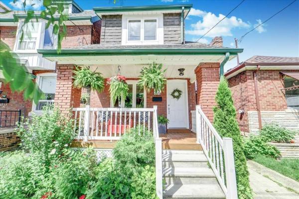 36 Castleton Ave, Toronto