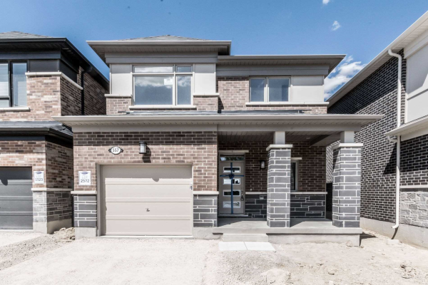 557 Queen Mary Dr, Brampton