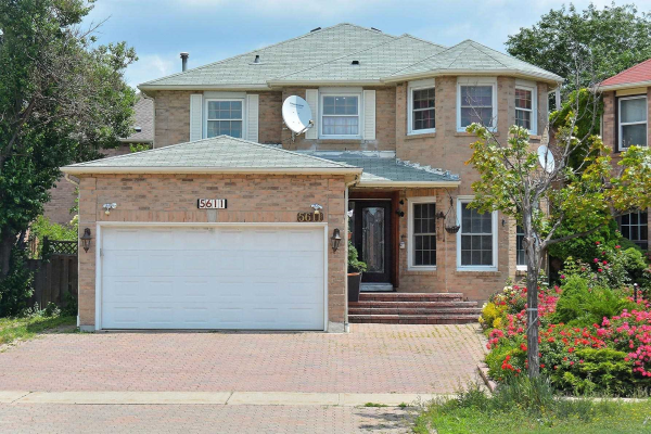 5611 River Grove Ave, Mississauga