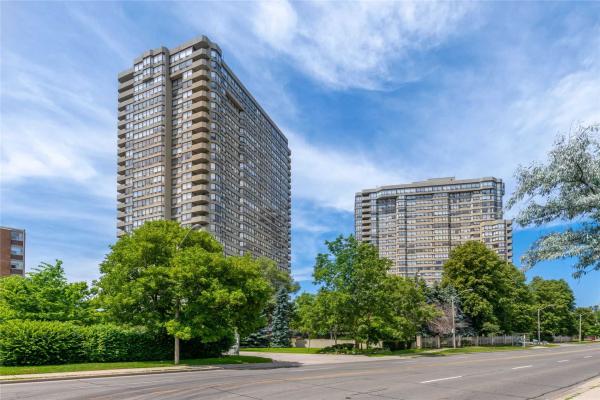 1300 Islington Ave, Toronto