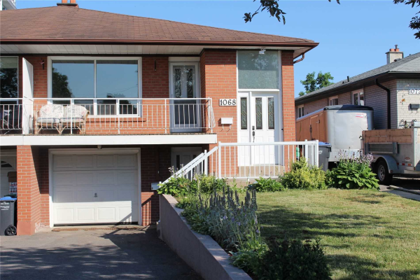 1068 Claredale Rd, Mississauga