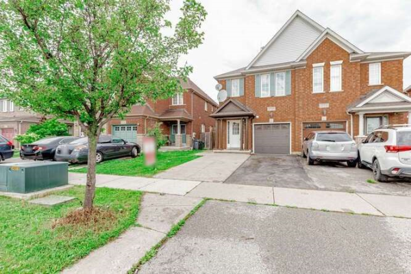 4734 Colombo Cres, Mississauga