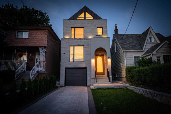 103 Priscilla Ave, Toronto