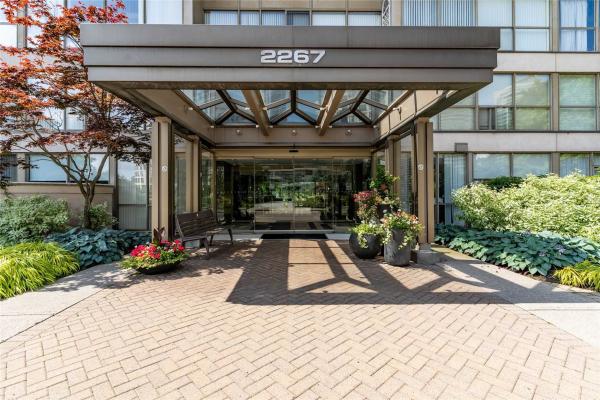 2267 Lake Shore Blvd W, Toronto