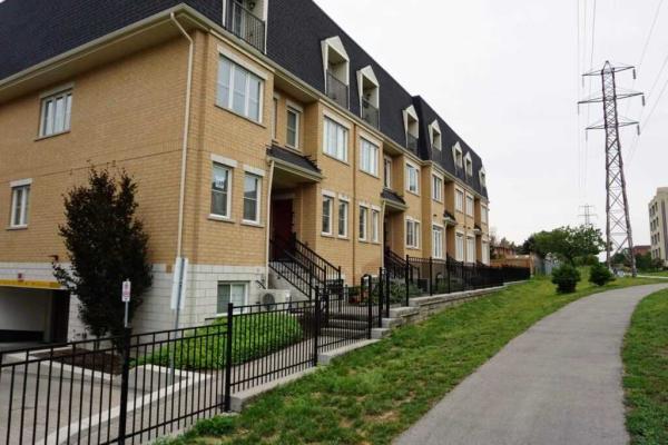 390 Hopewell Ave, Toronto