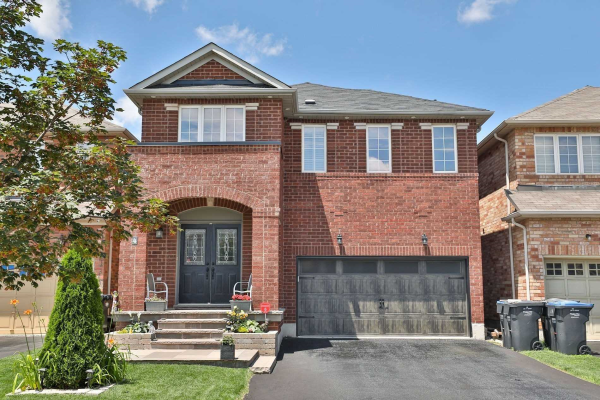 $1,299,900 • 4 Owens Rd , Credit Valley