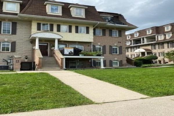 54 Sidney Belsey Cres, Toronto