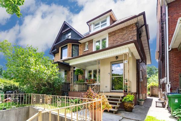 215 Glenlake Ave, Toronto