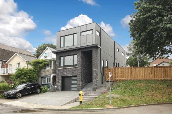 22 Woodcroft Cres, Toronto