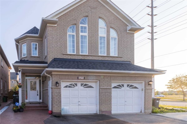 5694 Raleigh St, Mississauga