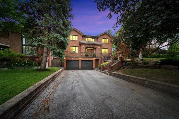 5 Weston Wood Rd, Toronto