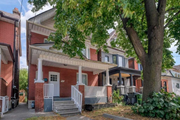 165 Campbell Ave, Toronto