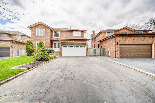 159 Whitchurch Mews, Mississauga