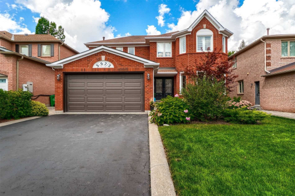 3973 Rolling Valley Dr, Mississauga