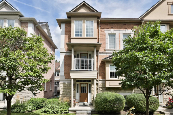 60 Rosewood Ave, Mississauga