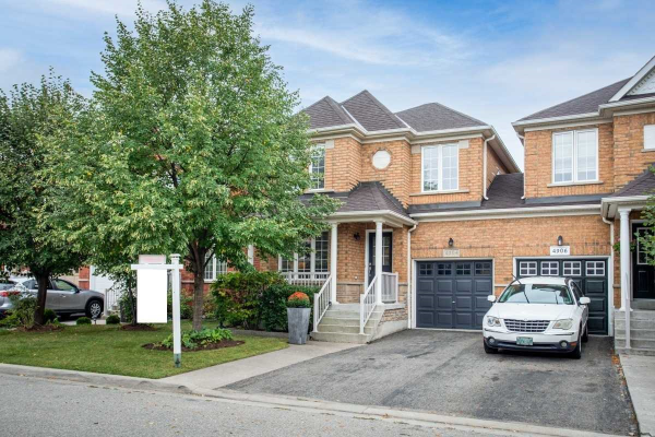 4904 Marble Arch Mews, Mississauga