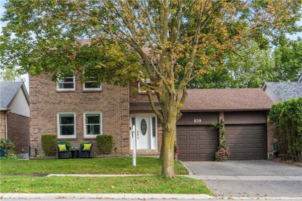 859 Queen St W, Mississauga