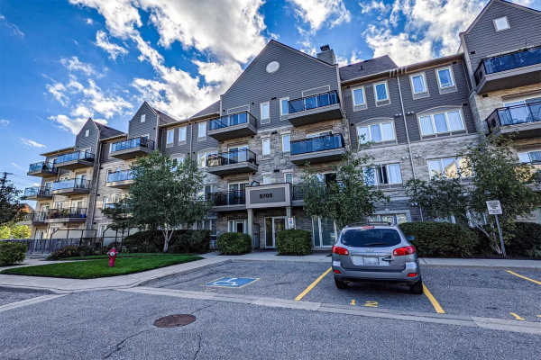 5705 Long Valley Rd, Mississauga