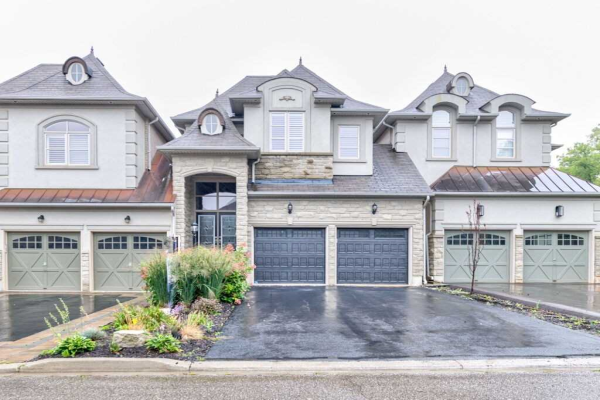 2342 Wuthering Heights Way, Oakville