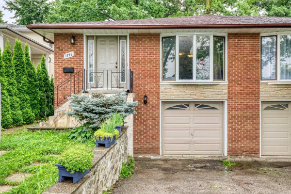 1198 Fairdale Rd, Mississauga