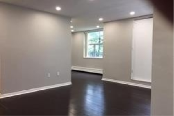 1055A Forestwood Dr, Mississauga