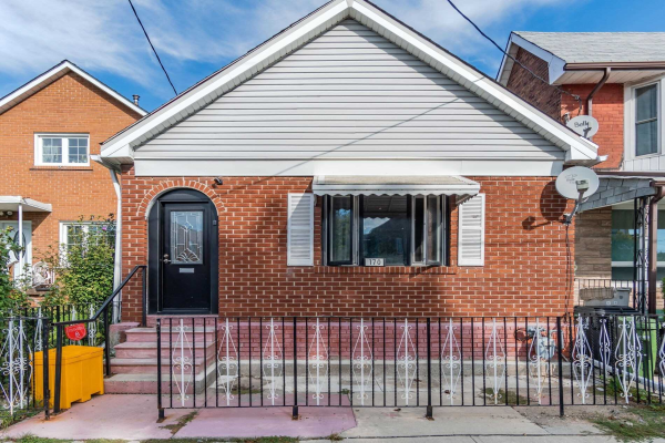 170 Lambton Ave, Toronto