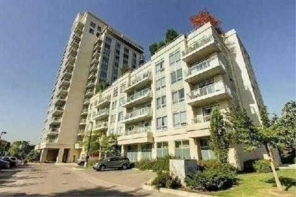 3865 Lakeshore Blvd W, Toronto