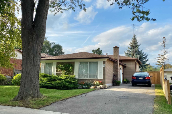 16 Duntroon Cres