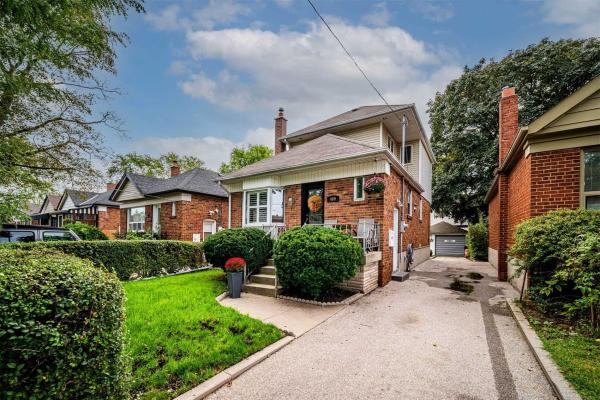 469 Rimilton Ave, Toronto