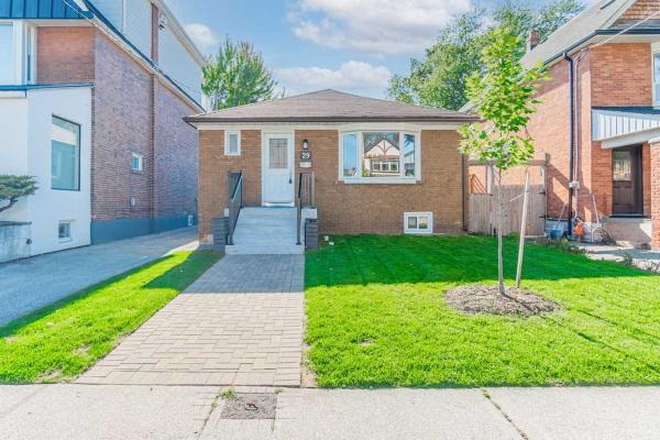 29 Morland Rd, Toronto