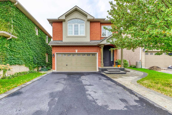 2434 Blue Holly Cres, Oakville