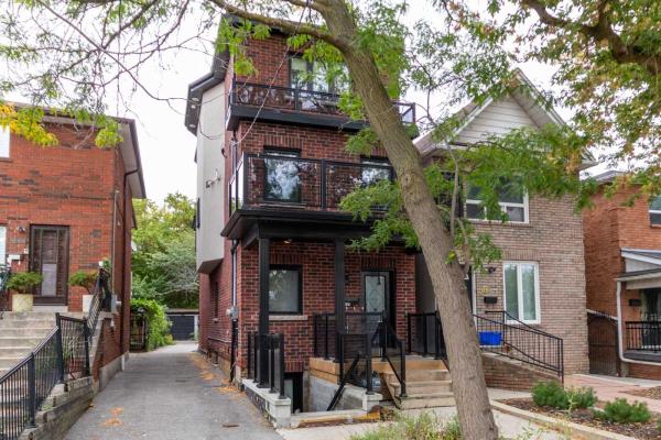 287 Bartlett Ave, Toronto