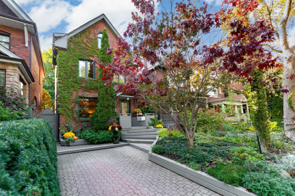 170 Oakmount Rd, Toronto