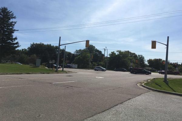 1353 Highway 6 Frwy, Hamilton