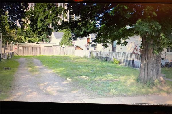 179 Catharine St N, Hamilton