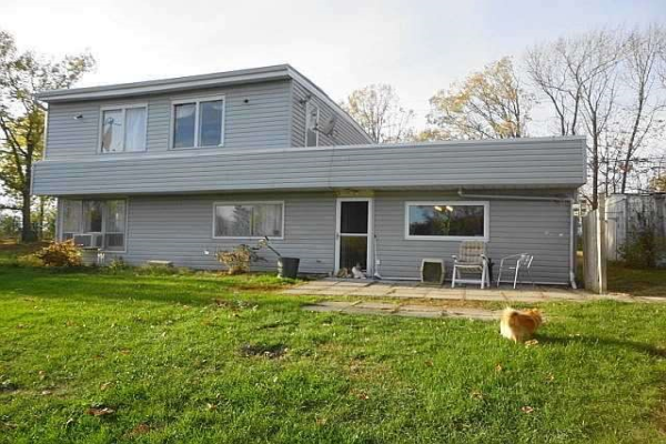 13 Blakely Rd, Prince Edward County