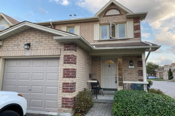 302 College Ave, Guelph