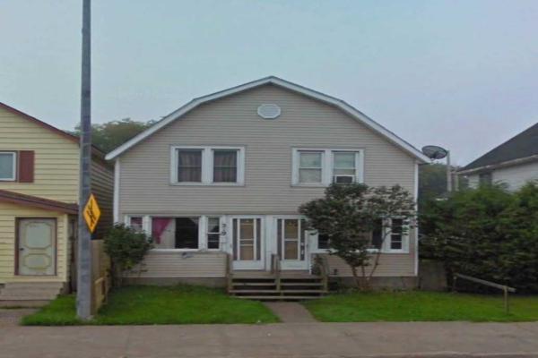 219-221 Wellington St W, Sault Ste Marie
