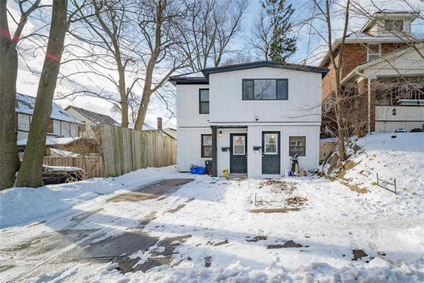 57 Chestnut St, Kitchener