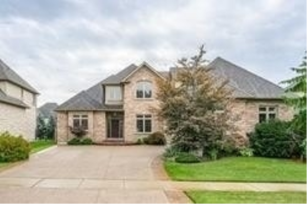 450 Deer Ridge Dr, Kitchener
