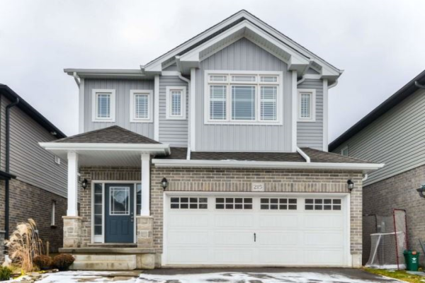215 Moorland Cres, Kitchener