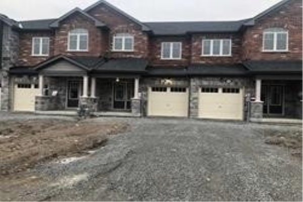47 Sparkle Dr, Thorold