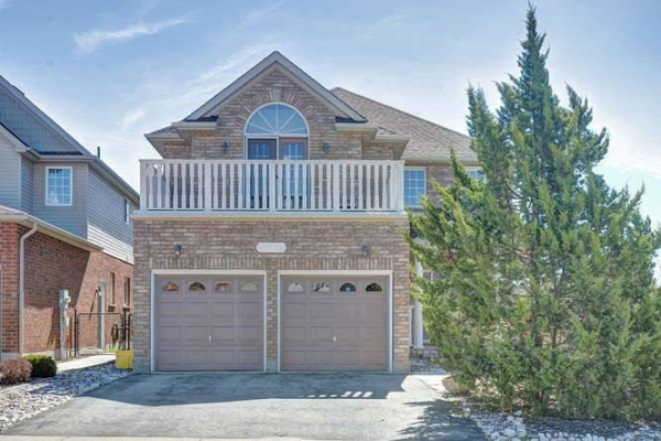 123 Pine Valley Dr, Kitchener