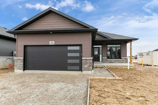 210 Moonstone Cres, Chatham-Kent
