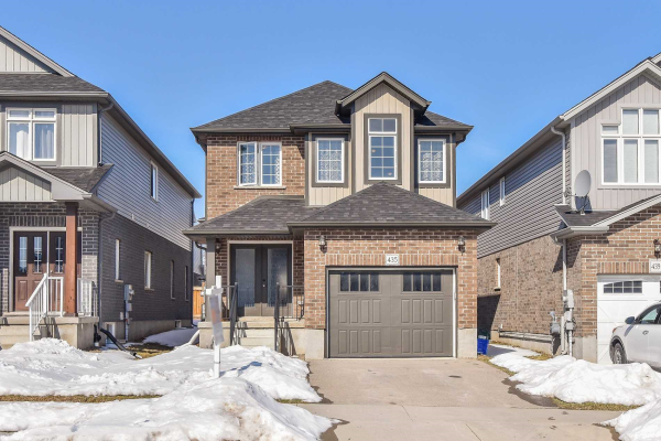 435 Moorlands Cres, Kitchener