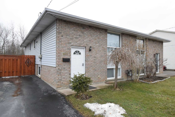 167 Commercial St, Welland